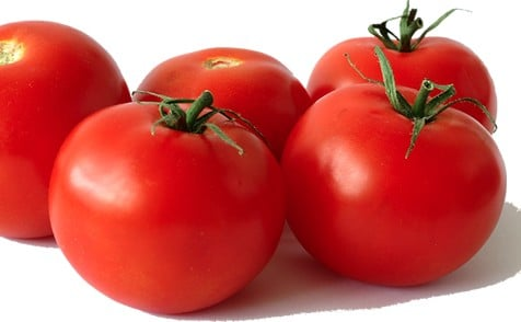 Nicotine is present in tomatoes